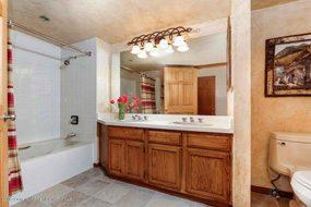 Aspen real estate 090317 147620 425 Wood Road Unit 24 5 190H