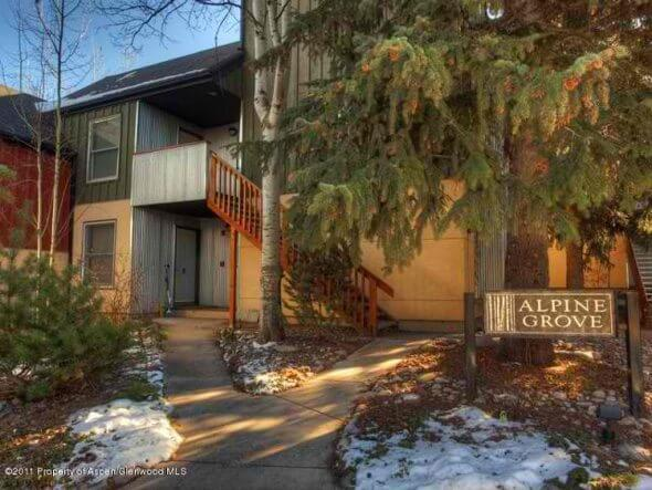 Aspen real estate 092417 149974 418 Pacific Avenue Unit 418F 1 590W