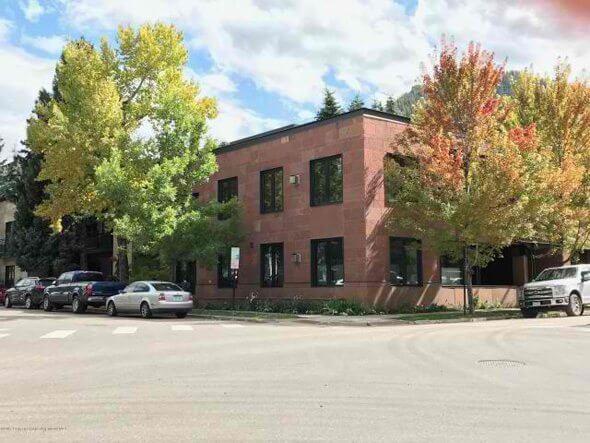 Aspen real estate 100117 151036 233 E Cooper Avenue 201 590W 1