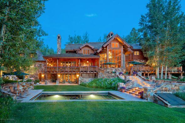 Gorgeous Mountain Log Home Bought for $15.5M by Major Trump Supporter Image