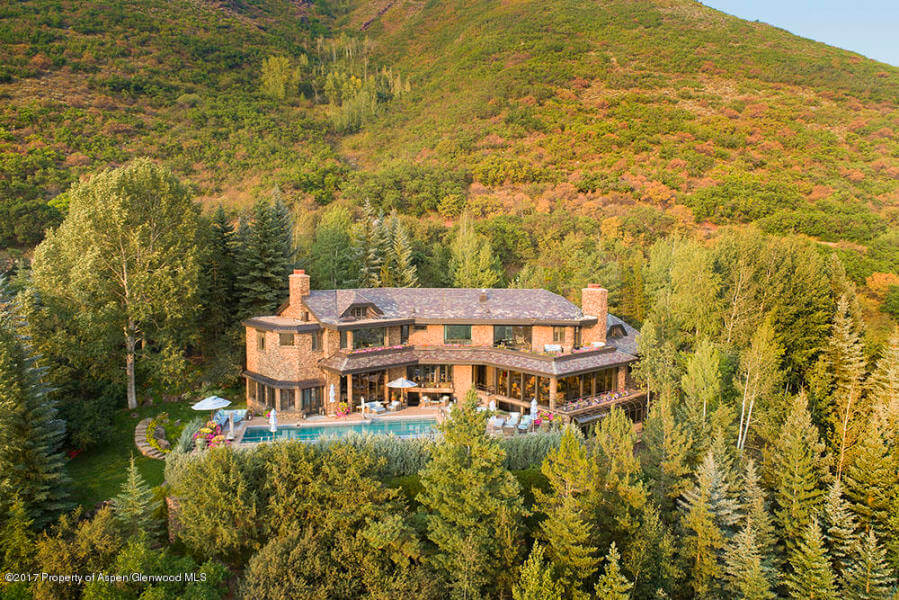 King of the Hill 1985 Home atop Red Mtn Closes at $17.25M/$1,544 SF Image
