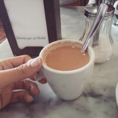 Cortado? Manchado? Natural? Os desafios de pedir um café com leite em Madrid!