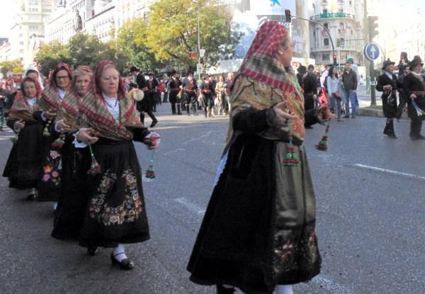 Que festa na Espanha não tem música?