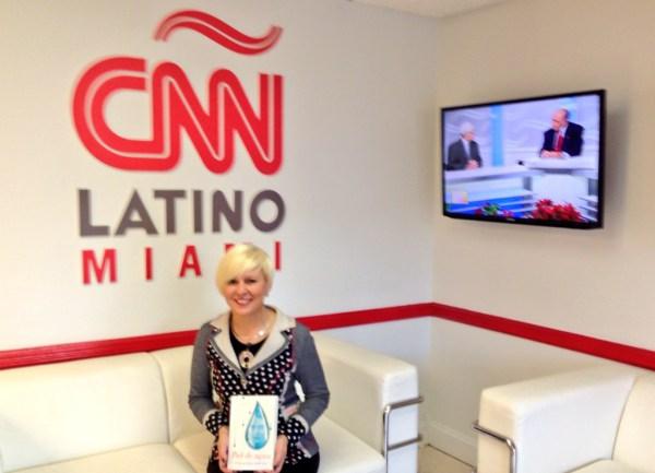http://estrellaflorescarreterodotcom.files.wordpress.com/2013/12/cnn_latino_estrella-flores-carretero