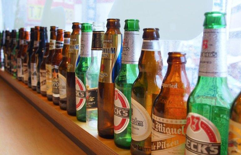botellas cerveza vacias