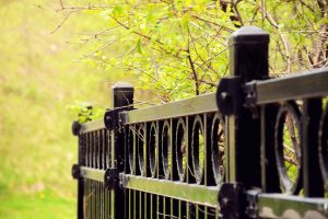Learn about the benefits of aluminum fencing!