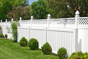 Why Installing a Privacy Fence After Moving Makes Sense