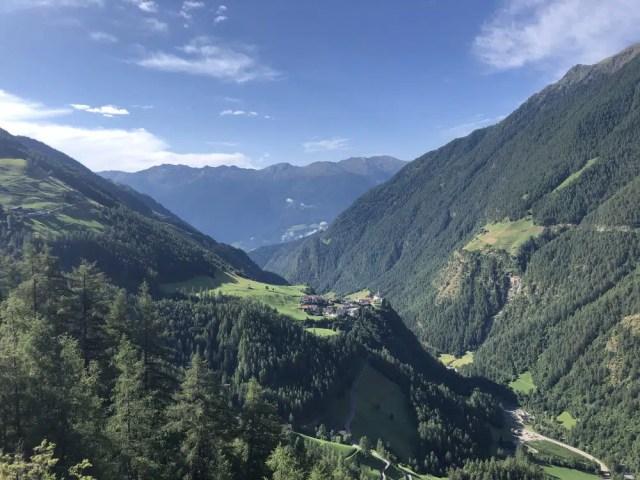 Aussicht am Meraner Höhenweg Südtirol