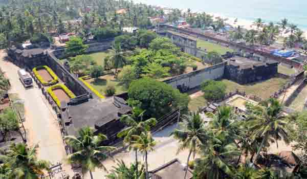 Monuments of Kerala-Anjuthengu Fort