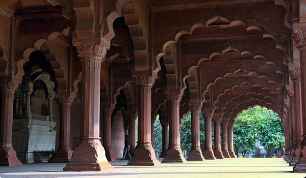 Things To Do In Agra-Diwan-I-Am