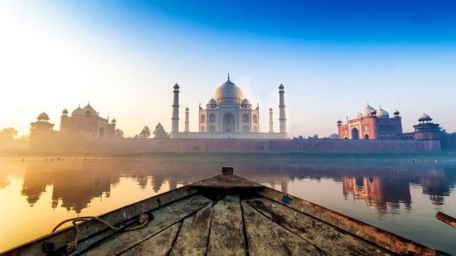 Agra-Places To Visit Near Delhi
