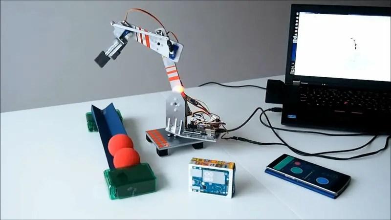Tech arm built using Arduino