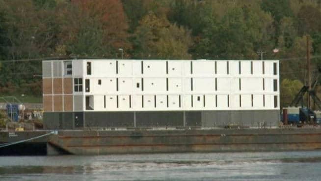 10-29-2013-google-barge