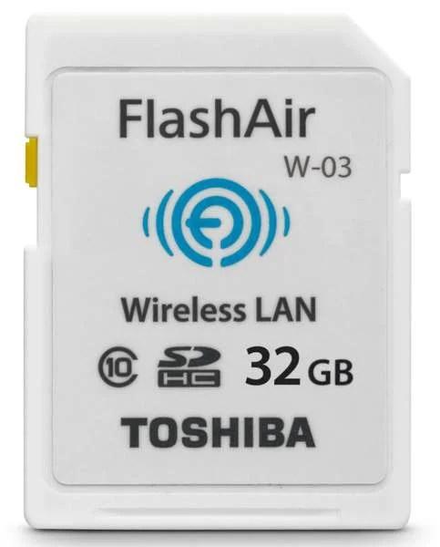 FlashAir-III_PFW032U-1CCW_Angle1