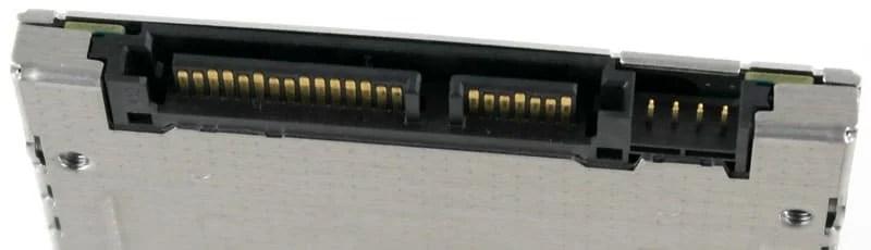 Toshiba_HG6_512GB-Photo-connector