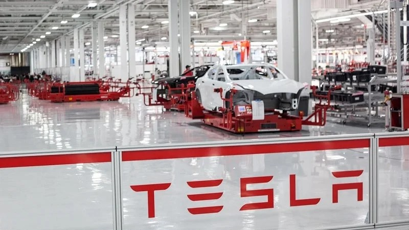 tesla-motors-factory-5595