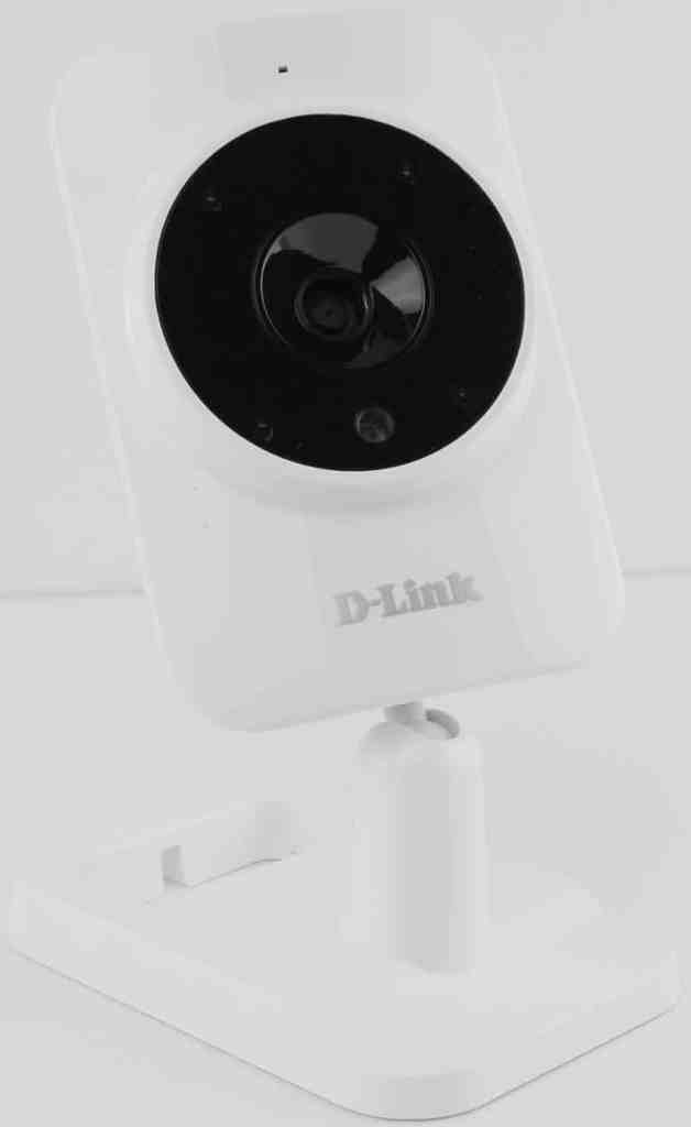 DLink_DCS-935L-Photo-front-angle