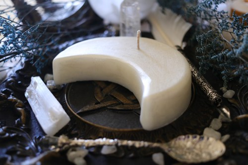 Crescent Moon Candle
