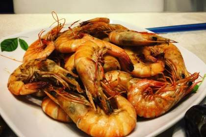 Image of a plate of stir-fried prawns