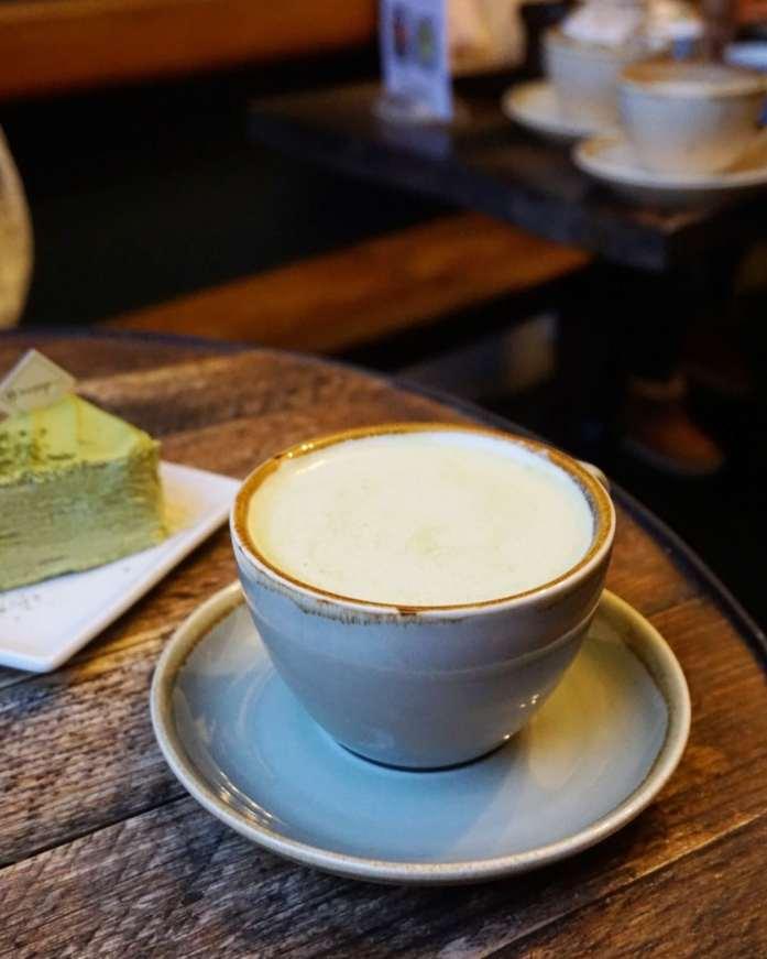 Matcha Hot Chocolate at Katsute 100