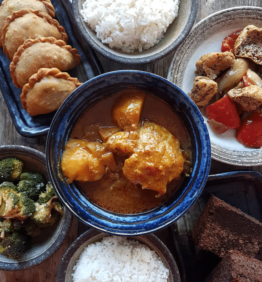 Malaysian Chicken Curry Set Meal Kit from Nasi Economy Rice