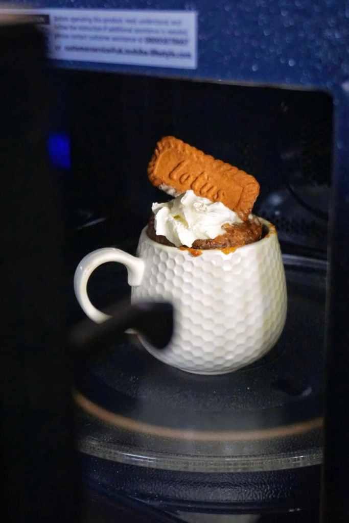Microwave Biscoff Mug Cake
