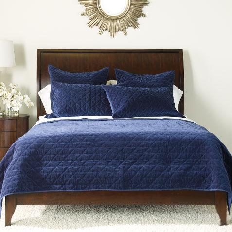 Bedroom comforters