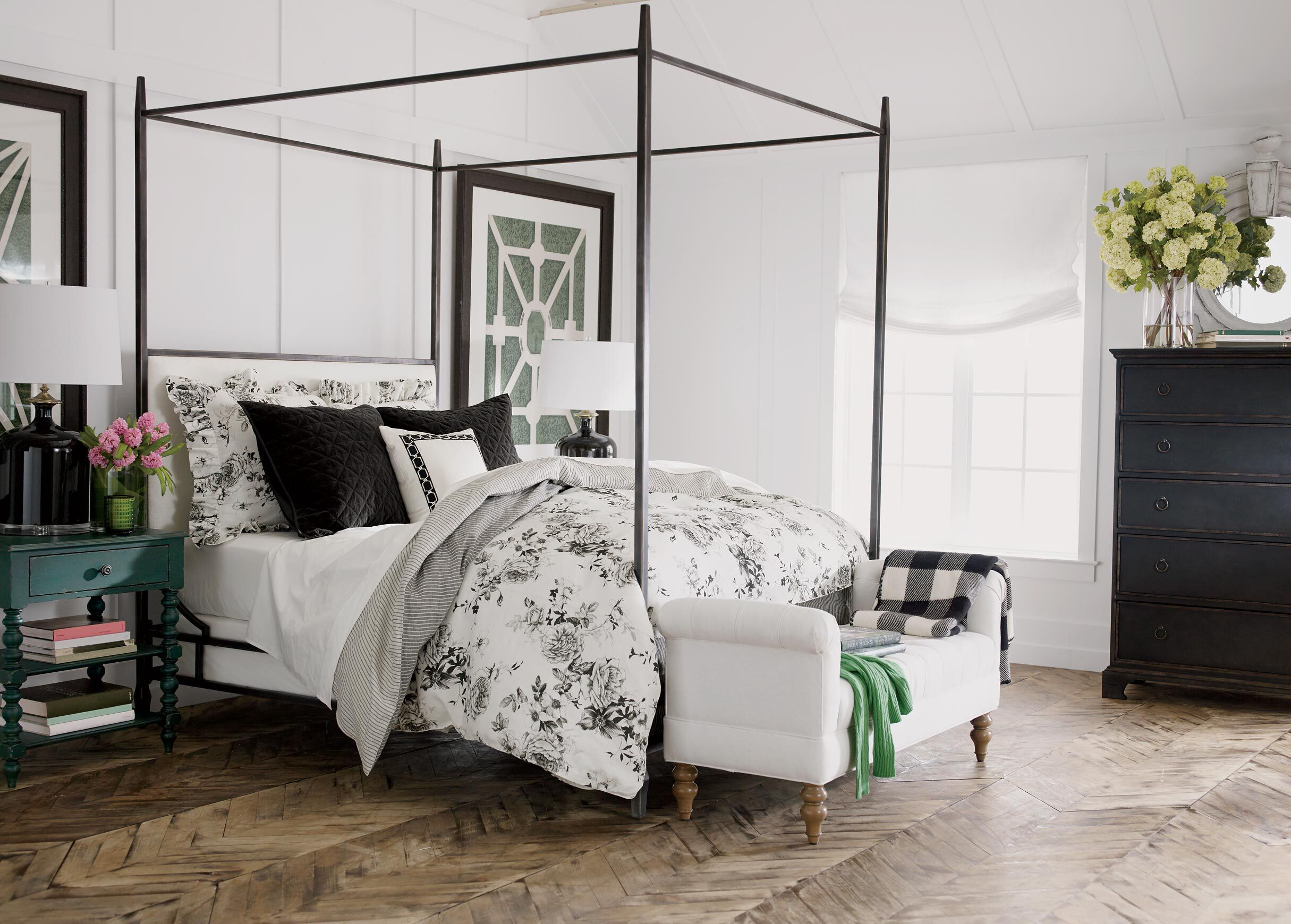 lincoln upholstered poster bed
