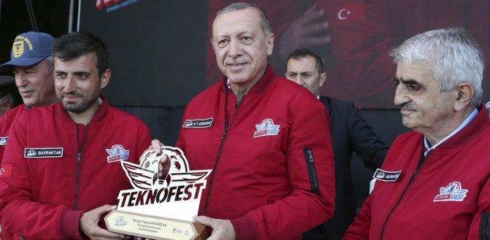 H «drone power» της Τουρκίας και πόσο απειλητική γίνεται για την Ελλάδα