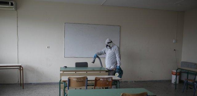 Επιστροφή στα σχολεία: Τέλος τα κυλικεία και τα αθλήματα - Ολοι οι νέοι κανόνες