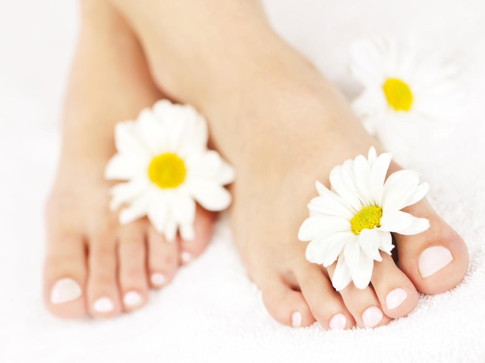 Trucuri simple pentru pantofi curati si fara mirosuri neplacute