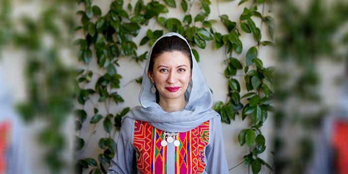 شهرزاد اکبر، رییس کمیسیون مستقل حقوق بشر افغانستان نسبت به بیتوجهی دولت افغانستان و جامعهی جهانی در خصوص جوانب حقوقبشری رهایی زندانیان طالبان و عواقب نگرانکنندهی آن بر «عدالت قربانیمحور» هشدار میدهد - عکس از شبکههای اجتماعی