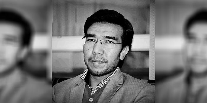 محمد شفق خواتی عضو کمیتهی روابط عامه و مطبوعات کمیسیون برگزاری لویهجرگهی مشورتی صلح میگوید مسئلهی پروسهی صلح افغانستان از چارچوب حقوقی و قانونی خارج شده و اکنون ابعاد سیاسی دارد - عکس از شبکههای اجتماعی