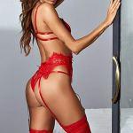Ensemble de lingerie sexy en dentelle pour femme – 2 pièces – Soutien-gorge et culotte – Robe à bretelles en dentelle – Vêtement de nuit transparent en maille (sans chaussettes) – Rouge – XXL