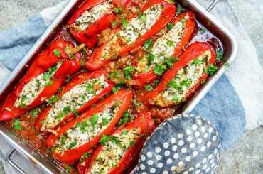 Fylte paprika med ris, ost og kjøttdeig [oppskrift] Et kjøkken i Istanbul