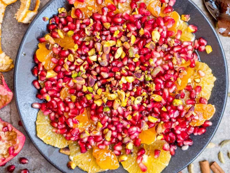 Julens fruktsalat med appelsin, klementin og granateple - oppskrift / Et kjøkken i Istanbul