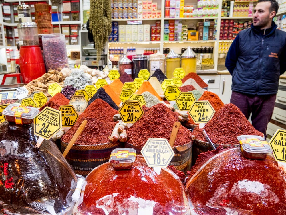 Chili flakes, pastes and other spices from the Istanbul spice market (Misir carsisi) / A kitchen in Istanbul