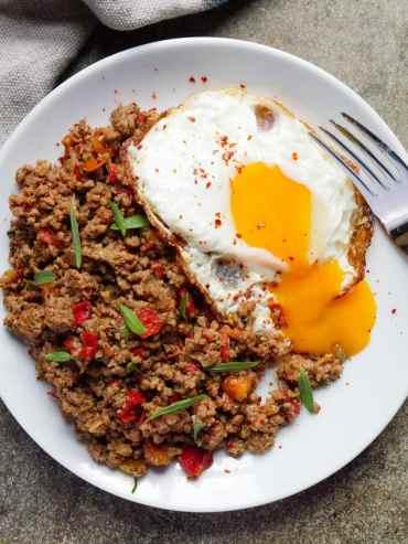 Krydret kjøttdeig med egg – oppskrift / Et kjøkken i Istanbul