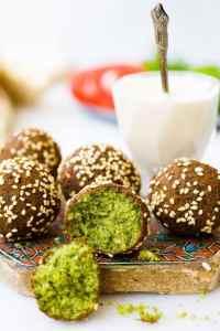 Falafel fra «Hummus og granateple» av Vidar Bergum