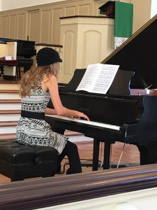 """ELEANOR DANIELS, STUDENT OF DR. Marylyn WRIGHT , PLAYS """"NOCTURNE NO.5"""" BY FIELD."""