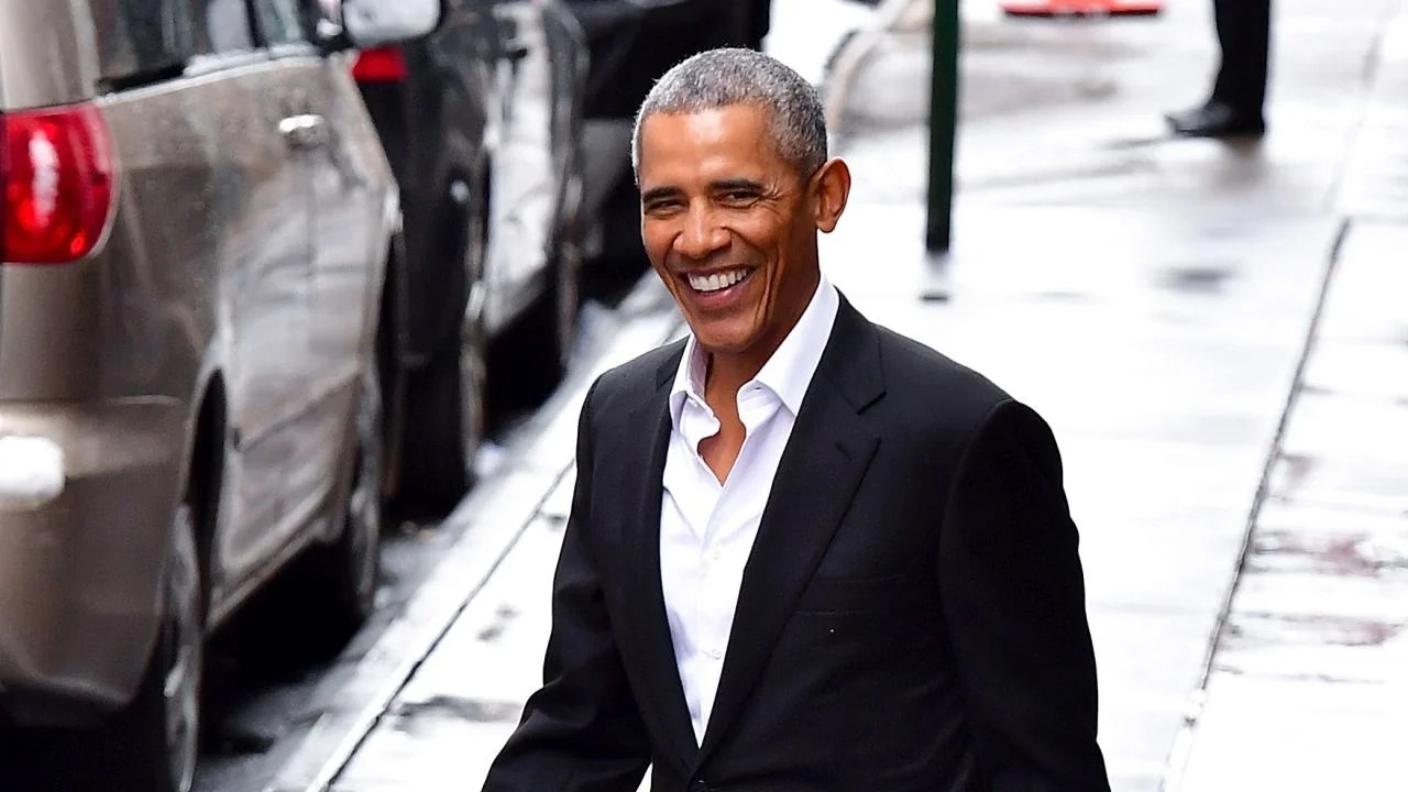 Barack And Michelle Obama Enjoy A Power Lunch With U2s Bono In NYC Pics Entertainment Tonight