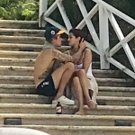 Justin Bieber and Selena Gomez's PDA in Jamaica