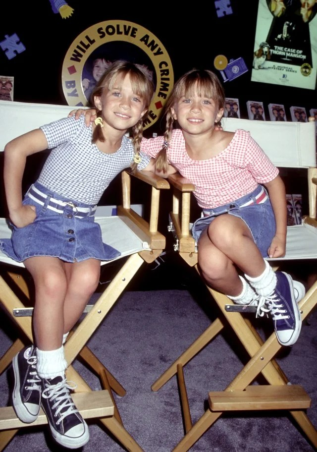 Mary-Kate and Ashley Olsen matching outfits 1996