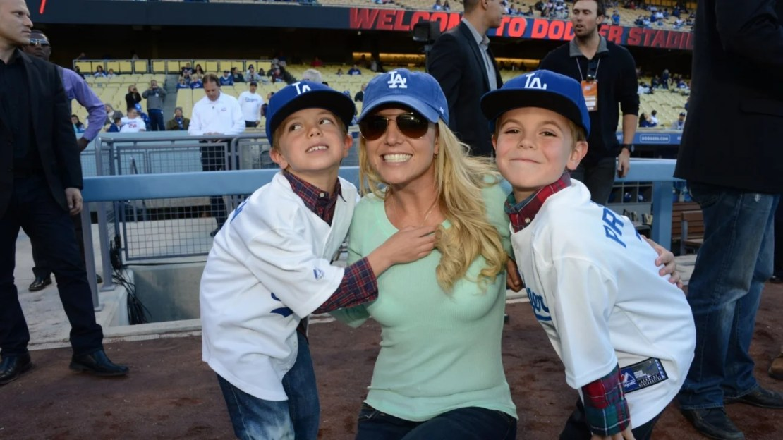 Britney Spears Calls Watching Sons Sean and Jayden Grow Up 'Bittersweet' in Emotional Throwback Post