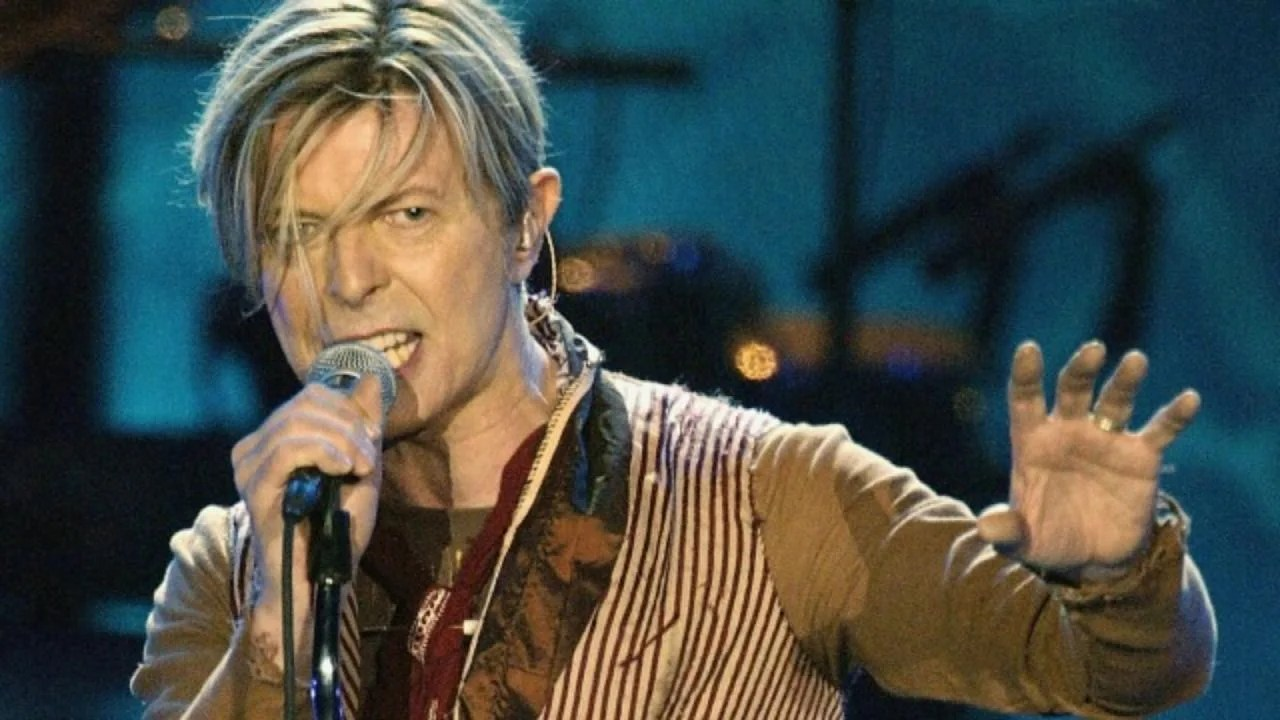 David Bowie S Eerie No Plan Music Video Released On What