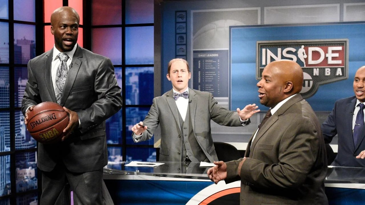 Kevin Hart Rocks Stilts To Play Shaquille O Neal On