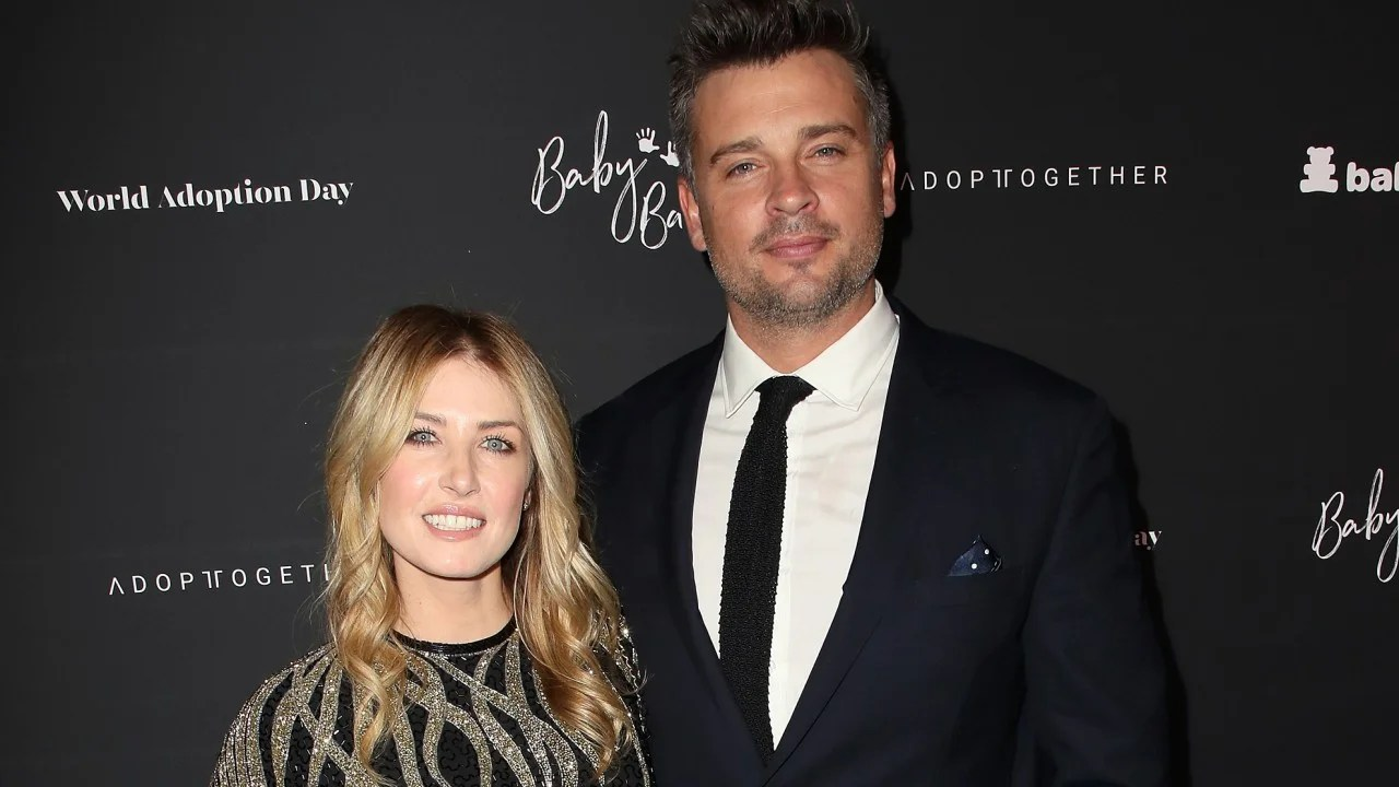 Tom Welling And Fiancee Jessica Rose Lee Welcome Their