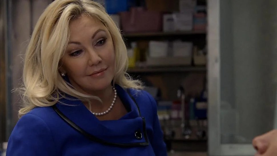 EXCLUSIVE Heather Locklear Slaps The President In Too