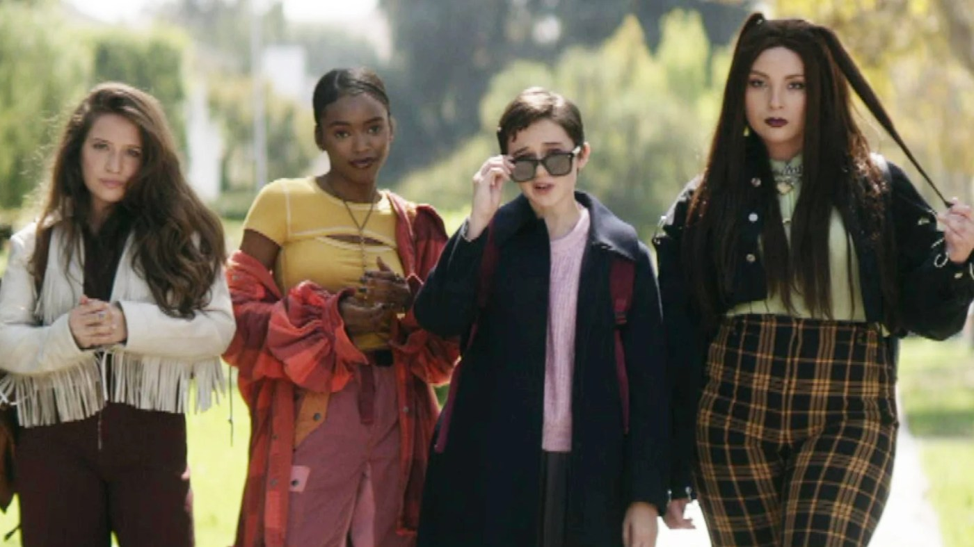 The Craft: Legacy' Trailer Reboots With a Coven of Witches | Entertainment  Tonight