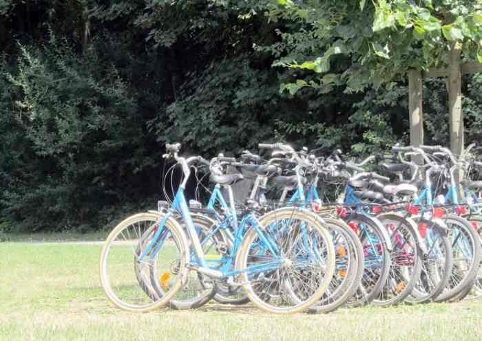 A bicyclette sur les bords de l'Ourcq ©Etpourtantelletourne.fr